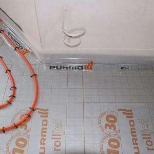 Ciepla podłóga instalacja rurowa skręt